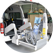 車椅子用リフトの調整・点検・修理